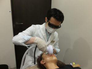 【皮膚科専門医による施術】しみ治療5つの選択肢 そのメリット・デメリット